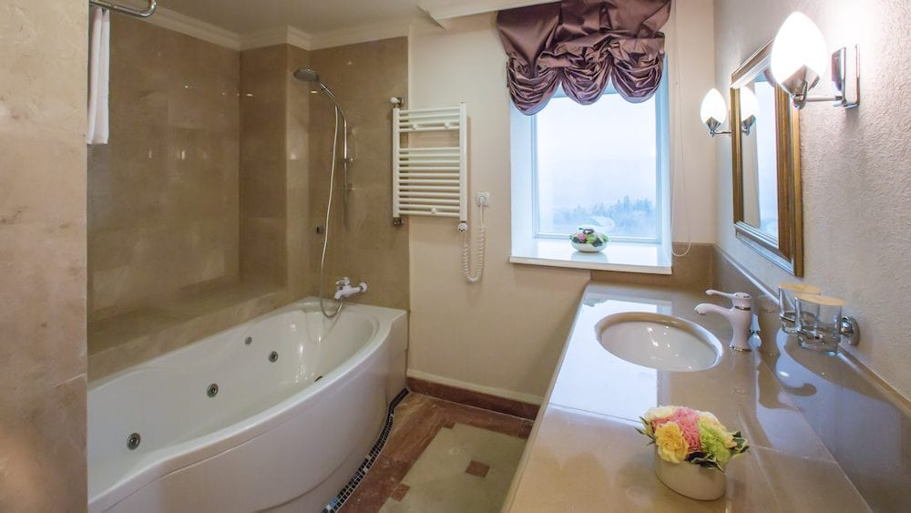 bathroom remodel dupage home services 1000